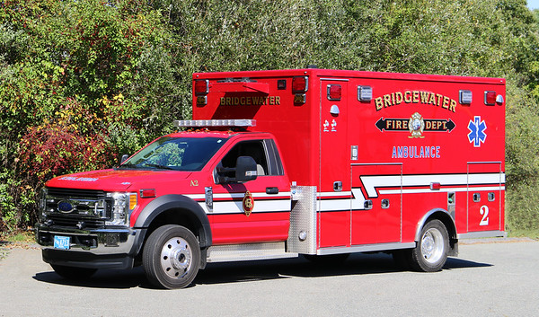 Ambulance 2   2017 Ford F-550 / Life Line
