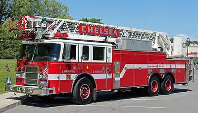 Ladder 2  1999 Pierce 105'