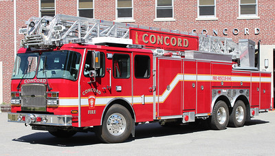 Ladder 1 2011 E-One Cyclone 110'RM