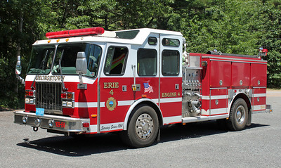 Engine 4 - Erie 4 1996 E-One Cyclone 1250/750