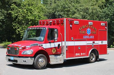 Ambulance 2 2012 Freightliner / Osage