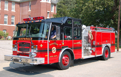 Engine 2 2002 E-One Typhoon 1250/750