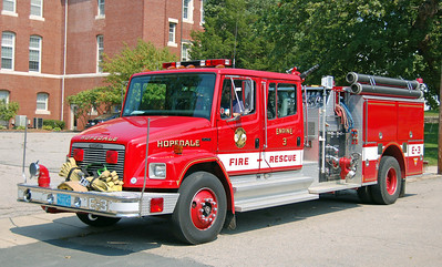 Engine 3 1994 Freightliner/Pierce 1250/750