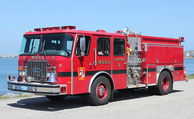 Engine 2 1996 E-One Cyclone 1250/750