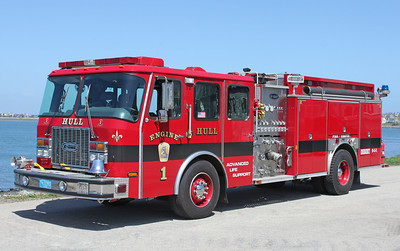 Engine 1 2002 E-One Cyclone 1250/500