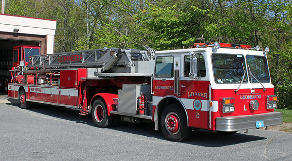 Retired   Ladder 2   1987 Maxim   100' TT