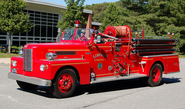 RETIRED  Engine 1 1957 Pirsch