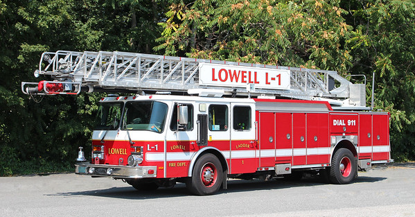 Ladder 1   2000 E-One Cyclone   110' RM