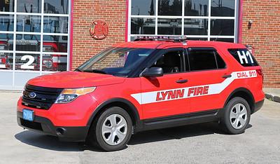 H1 Safety Car   2013 Ford Explorer