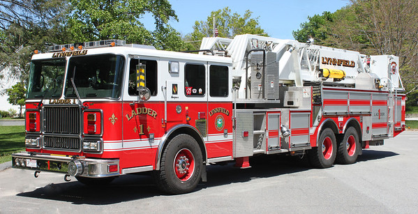 Ladder 1 2007 Seagrave 100'