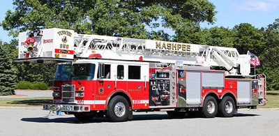 Ladder 356   2001 Pierce Dash   2000 / 300 / 100' Tower