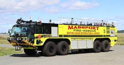 Engine 5.  2018 Oshkosh Striker.  1950 / 4500 / 630F / 450 Dry Chem / 460 Halotron
