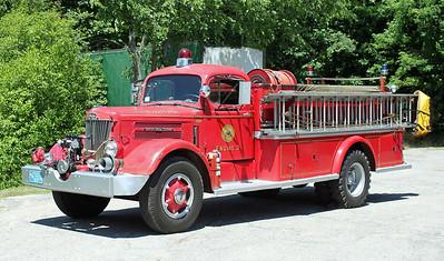 Engine 3 1956 White/Farrar 650/500