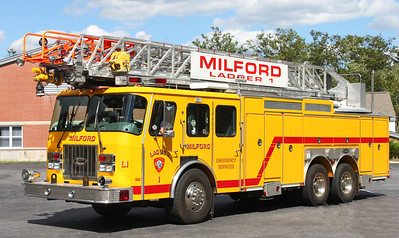 Retired ladder 1   1996 E-One Cyclone   100' RM