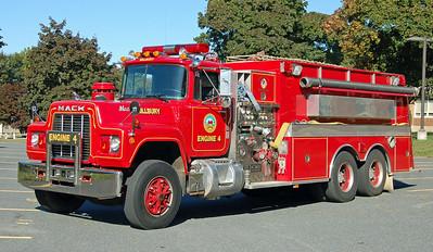 Engine 4  1989 Mack R/KME  1500/3000