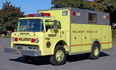 RETIRED  Rescue 1 1981 Ford / E-One
