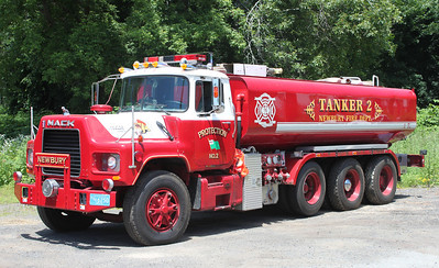Retired  Tanker 2 1991 Mack R 750/5500