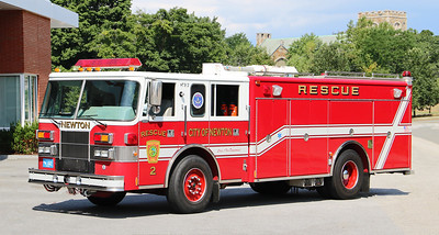 Rescue 2.  1995 Pierce Saber