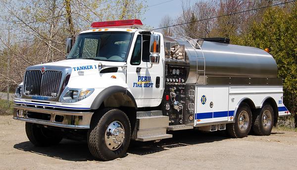 Tanker 1  2004 International/US Tanker  1000/3000