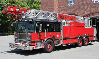 Ladder 1  2008 Seagrave  500/300  100'