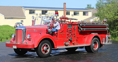 Retired   Engine 2.  1951 Mack   500 GPM