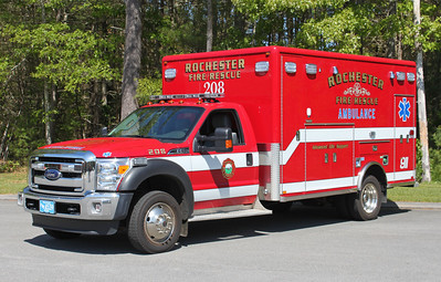 Ambulance 208 2012 Ford / Horton