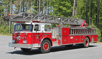 Ladder 1 1974 Seagrave 100' RM