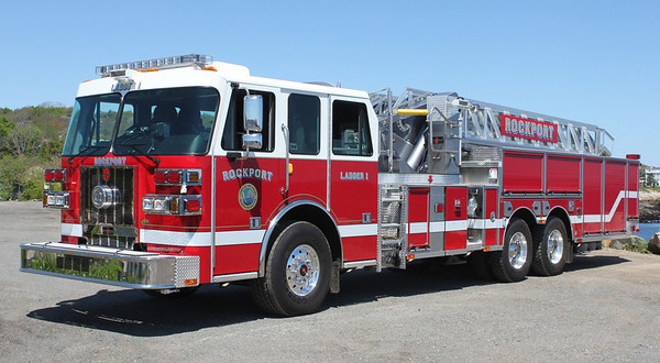 Ladder 1 2012 Sutphen 100'