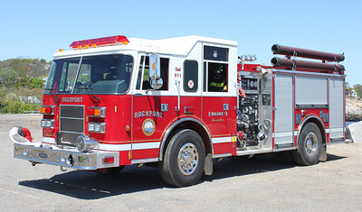 Engine 1 1999 Pierce Saber 1500/750