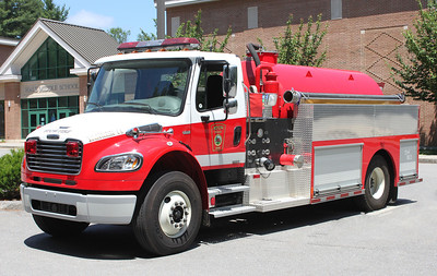 Engine 11 2009 Freightliner/V-Tech 500/2000