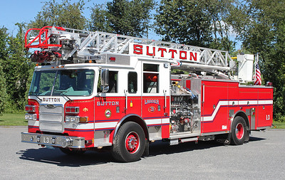 Ladder 3 2010 Pierce Arrow 1500/500 75' RM