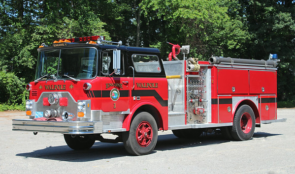 Engine 1 1981 Mack CF / E-One 1250 / 500