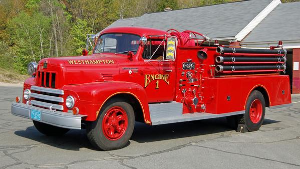 Antique Engine 1  1957 Maxim  750/500