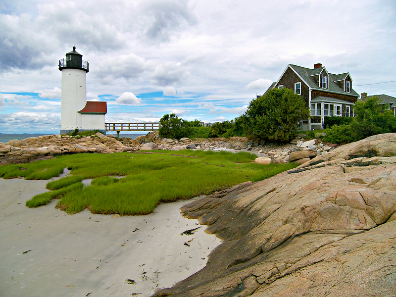 In 1867 a covered walkway across the slippery rocks was erected between the Keepers home and the tower.