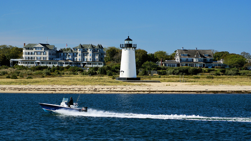 As the whaling industry boomed in the early 1800's at Martha's Vineyard and Nantucket, Congress appropriated $5,500 in May 1828 to build a lighthouse at the entrance to Edgartown Harbor.