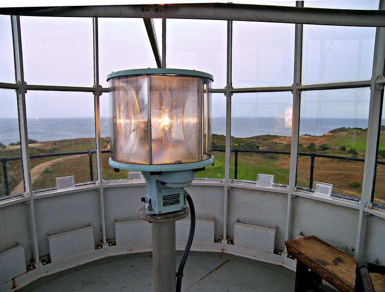 VRB-25 optic installed in the lantern in 1998