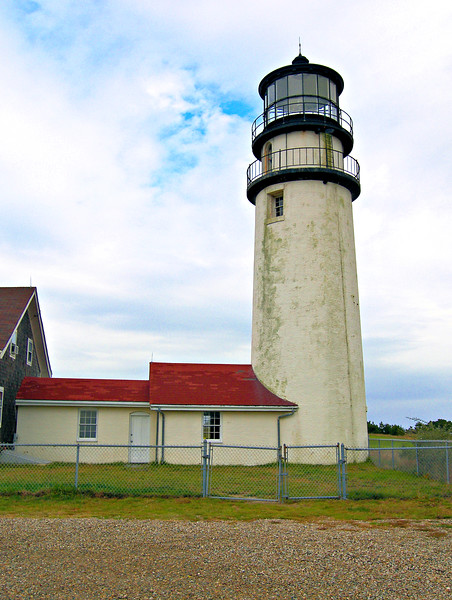 The lantern was equipped with the first lighthouse eclipser used in the nation.  It would rotate around the lamp to obscure the light periodically.  This was done to differentiate the light from the fixed signal of the Boston Lighthouse to the north.  Mechanical problems with the eclipser eventually led to its discontinuance in 1812.