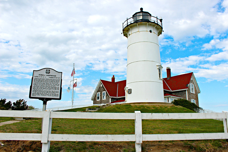 Electricity reached Nobska Point in 1919 and the tower was wired to allow the use of a 150 watt bulb in place of the oil lamp.