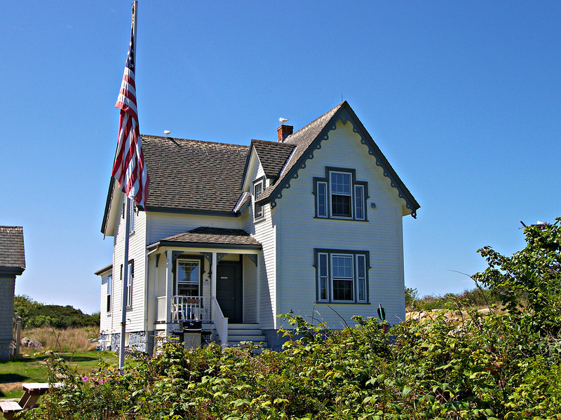In 1872 the Head Keeper submitted a request to have a new residence erected for the principal keeper.  In 1874 $6,000 was appropriated to build new dwellings at the Thacher Island and Race Point stations.  In 1876 a two story wood frame dwelling on a granite foundation was constructed.