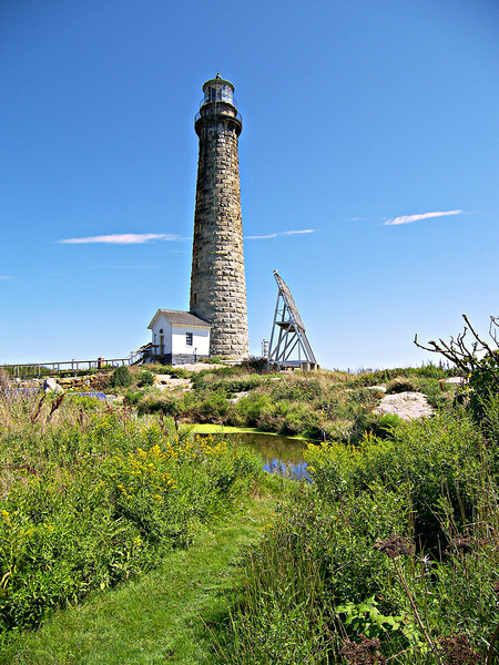 Thacher Island was the last light station with multiple active lights when the North Tower was decommissioned in 1932.  A submarine electric cable was laid to the island that year and the South Tower was electrified and intensified.