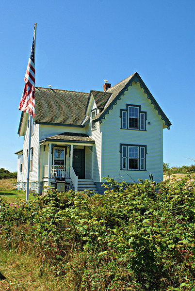 The Head Keepers house was renovated by the Thacher Island Association and completed in 2007.  Currently keepers reside on the second floor and manage the site.