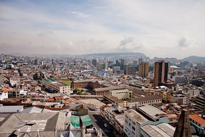 Quito City Buildings : Journey into Quito Ecuador