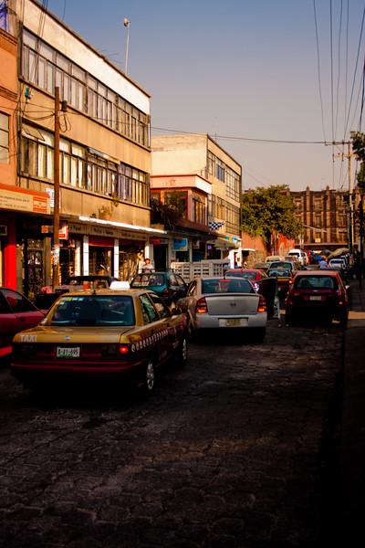 Walk around the City 2: Journey into Mexico City