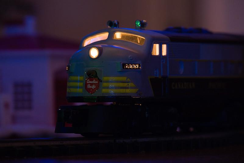 IMAGE: https://photos.smugmug.com/Matenkosky-family-photos/Scale-Models/Trains/i-dfSHJsd/0/L/lionel-train-121616-03-L.jpg