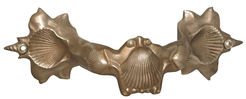 "Sea Shell downspout bracket in cast aluminum or cast bronze.<br /> <br /> FMBSS3 	3"" brass - Seashell 	9½"" x 3¾"" 	2 lbs 	$29.00<br /> FMBSS4 	4"" brass - Seashell 	10¾"" x 4¾"" 	3 lbs 	$37.00<br />  <br /> FMASS3 	3"" aluminum - Seashell 	9½"" x 3¾"" 	½ lbs 	$16.50<br /> FMASS4 	4"" aluminum - Seashell 	10¾"" x 4¾"" 	1 lbs 	$19.00"