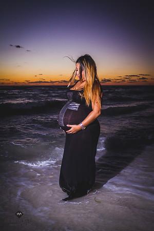 10-17-14-Chelsea&Steve-Maternity-67