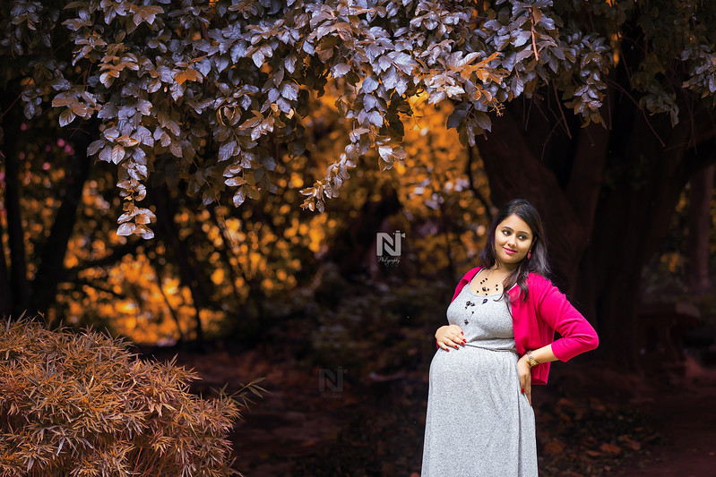 Creative fine-art Maternity or Pregnancy photography for your baby bump