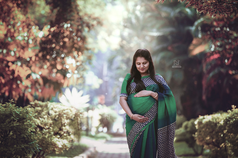 Creative maternity or pregnancy photoshoots in Bangalore