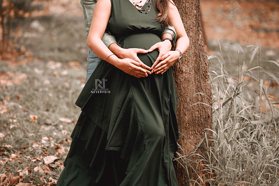 Maternity or pregnancy photographer near you