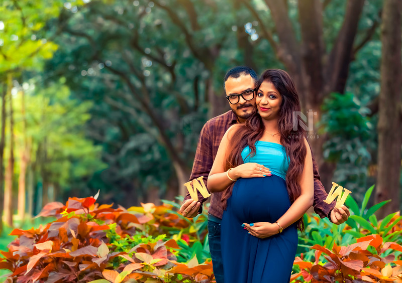 W O W - Maternity photography in Bangalore